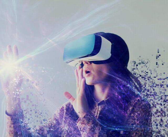 Leverage AR and VR to Improve your Sales and Marketing Outreach: Learn from 5 Stellar Examples
